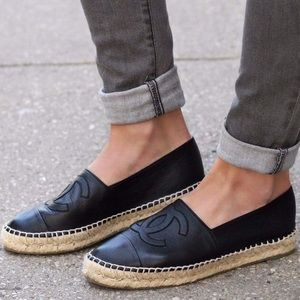Chanel Black Lambskin Leather CC Espadrilles 38